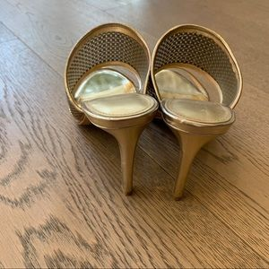 Enzo Angiolini Shoes - Enzo Angiolini Gold Heels worn once size 37